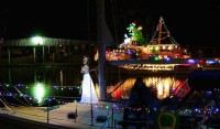 Lighted boat parade 2015